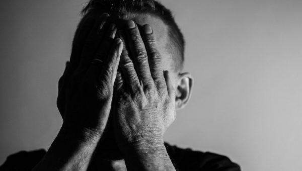 La souffrance au travail et burn out. DCA Handicap, spécialiste du handicap psychique, accompagne les salariés et les entreprises pour le maintien dans l'emploi